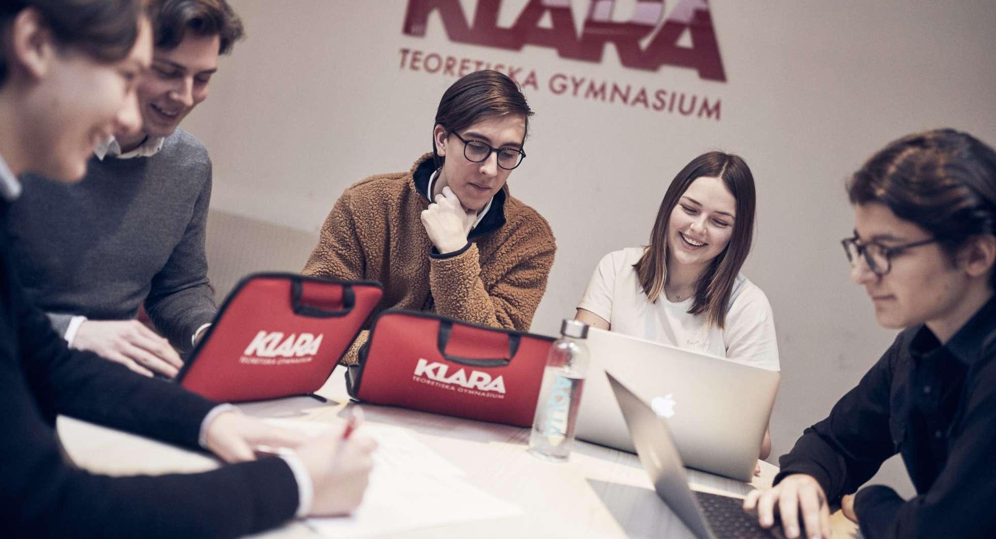 Gymnasieskola inom Academedia blir kunder!