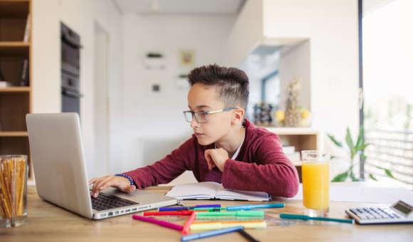 Att göra läxor kan för många vara jobbigt men det finns tips.